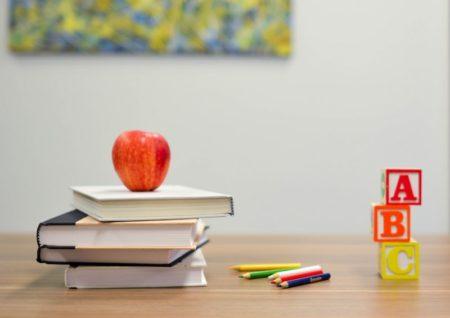 自宅教室を開業するのに資格は必要?資格を取るか迷ったら考えること